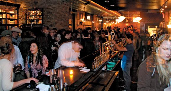 bar-scene-dating