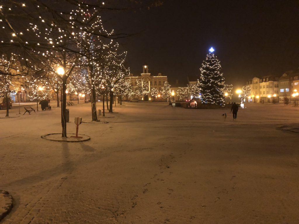 První sníh a jasný důkaz, že krása se někdy může zjevit i v takový díře, jako je Čáslav.